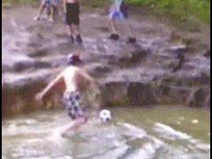 Сбил в воду
