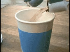 Расширяющийся стакан