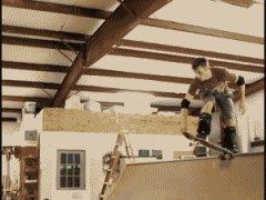 Хороший трюк в скейтпарке
