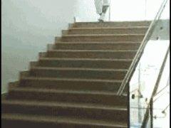Спец по спусканию с лестницы