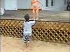 Детская попытка помочь