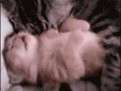 Обнимашки во сне