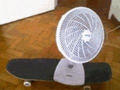 Бюджетный двигающийся вентилятор