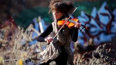 Lindsey Stirling - Electric Daisy Violin