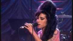 Amy Winehouse - Valerie (Mark Ronson and the Winettes)
